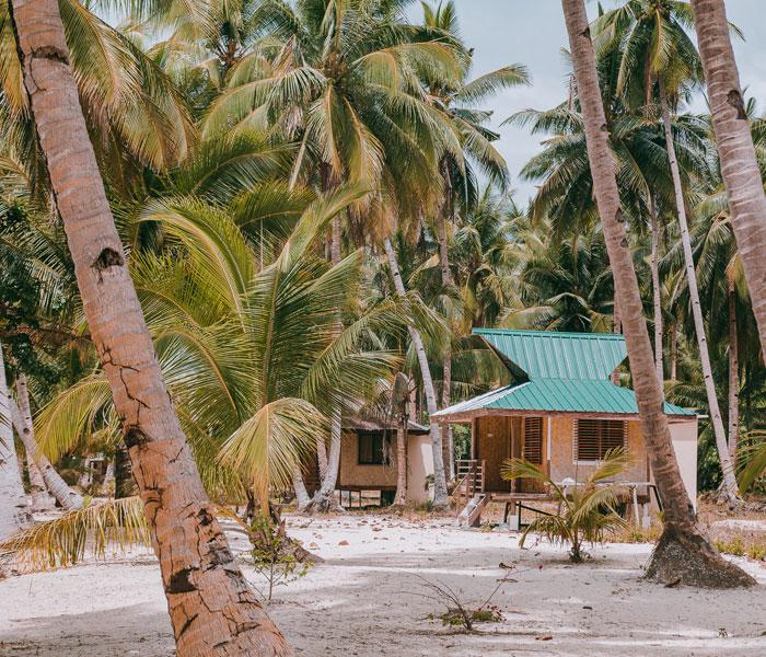små hytter på stranden med time to travel, din danske filippinerne specialist