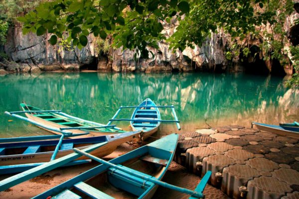 Vi booker din plads på turene til den underjordiske flod i puerto princessa