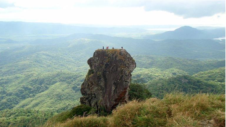hvad med en vandretur hvor du også skal klatre lidt.
