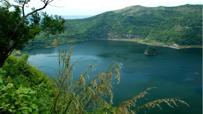 billede fra krateret af taal volcano i tagaytay syd for manila