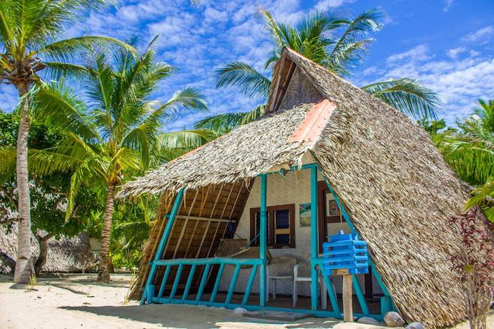 Hvad med en hytte lige i vandkanten. VI har bungalows fordelt over det meste af filippinerne. Fra interimistiske overnatningssteder til luksus resorts